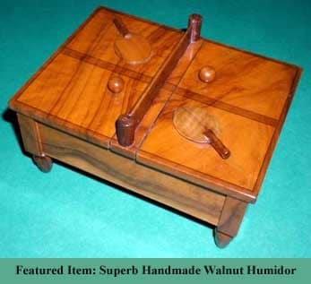 Une image contenant intérieur, table, assis, en bois Description générée automatiquement